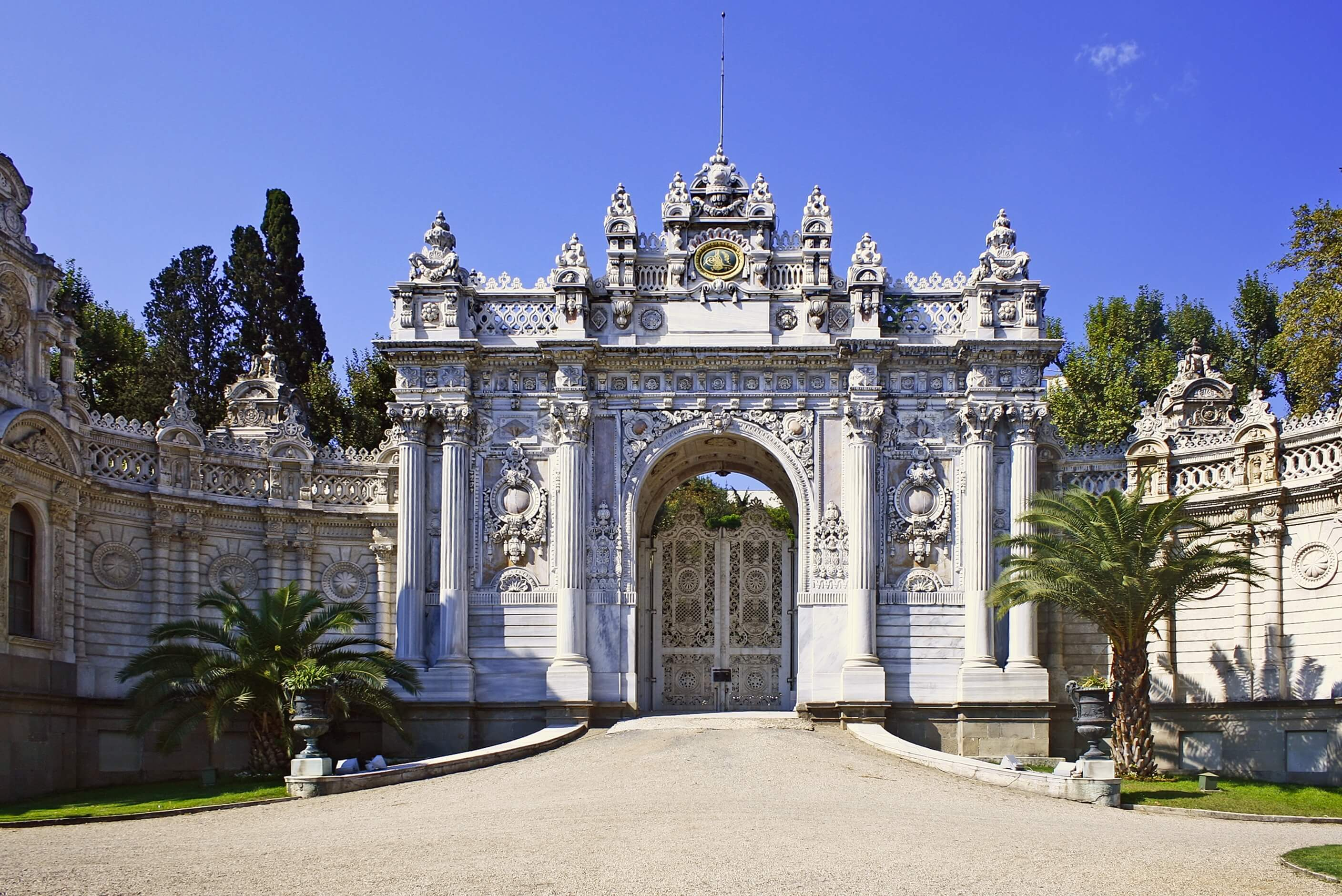 Dolmabahce_Tor-2008-31-07