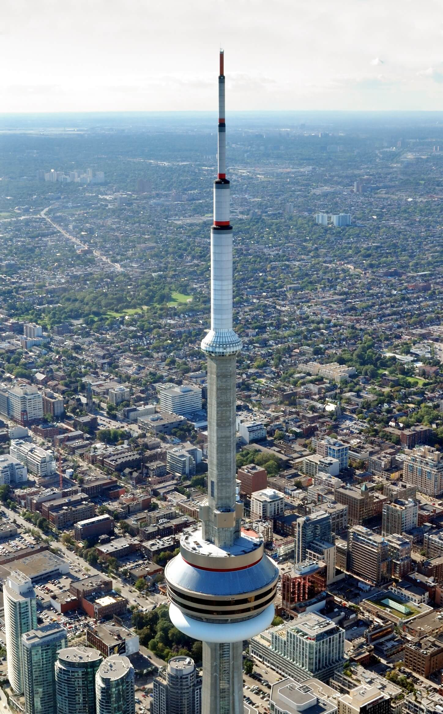 Toronto_-_ON_-_CN_Tower_-_Antennenspitze